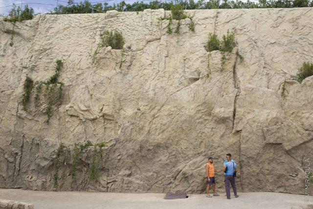 Изготовление искусственной скалы