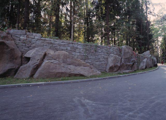 Облицовка подпорных стен
