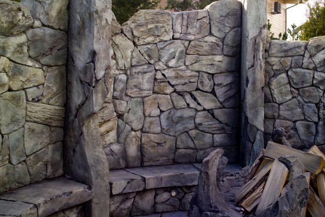 Каменные скамьи для патио