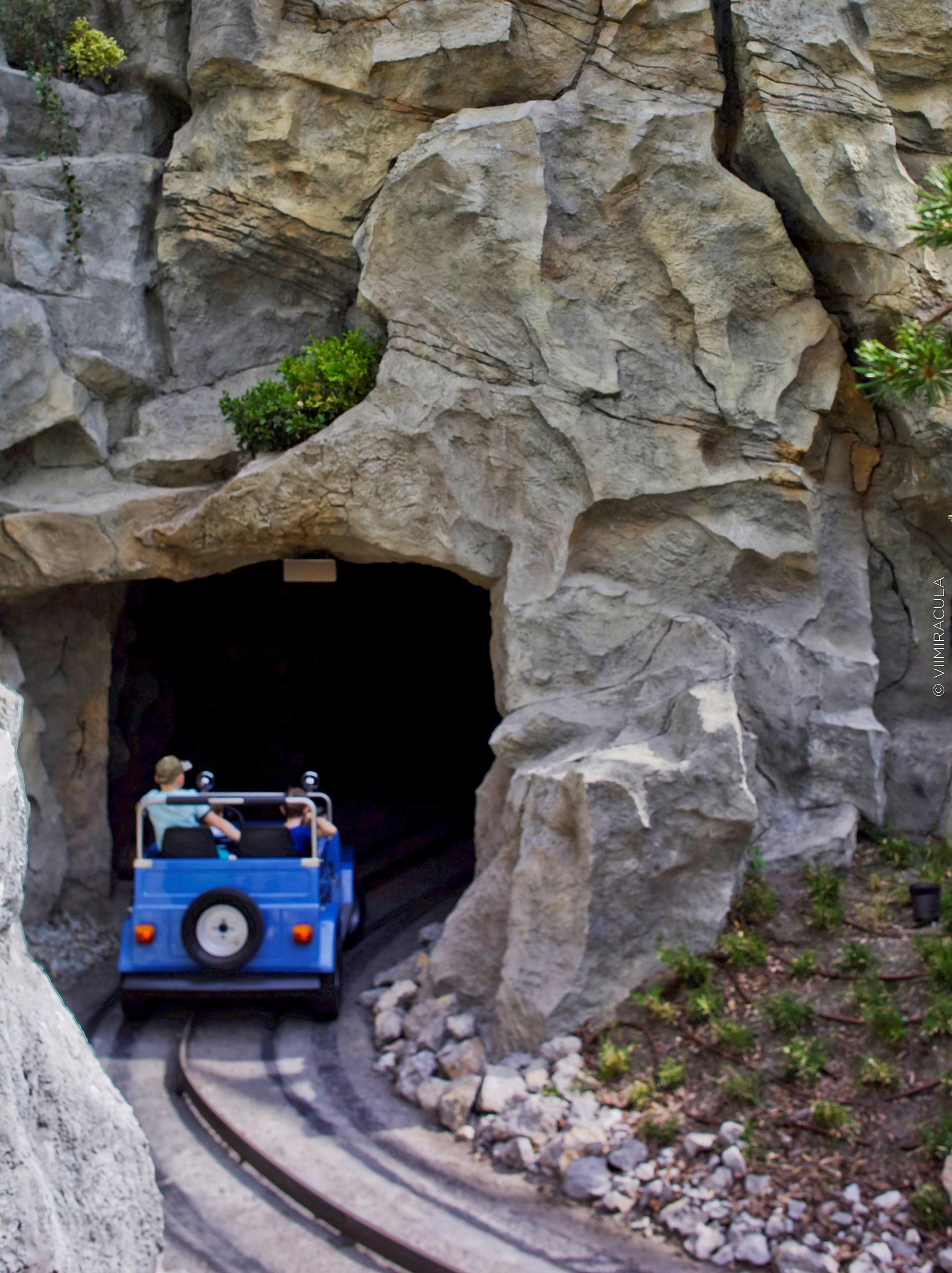 Оформление искусственных пещер