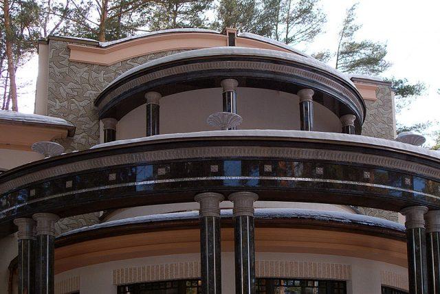 Украшение фасада орнамент