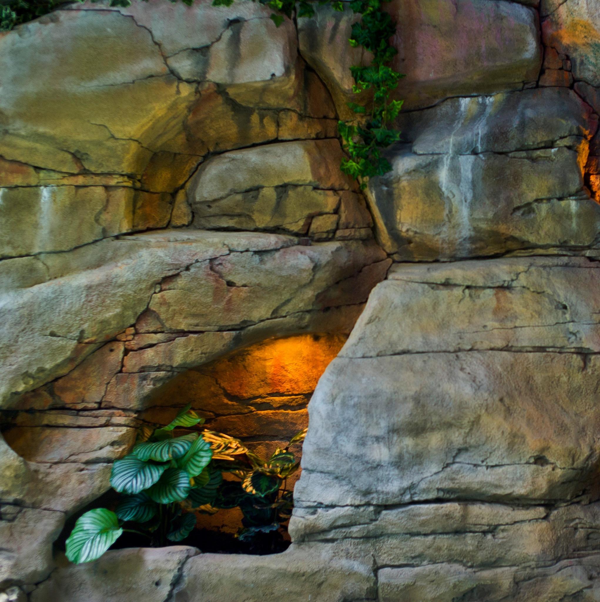 Декор скалы