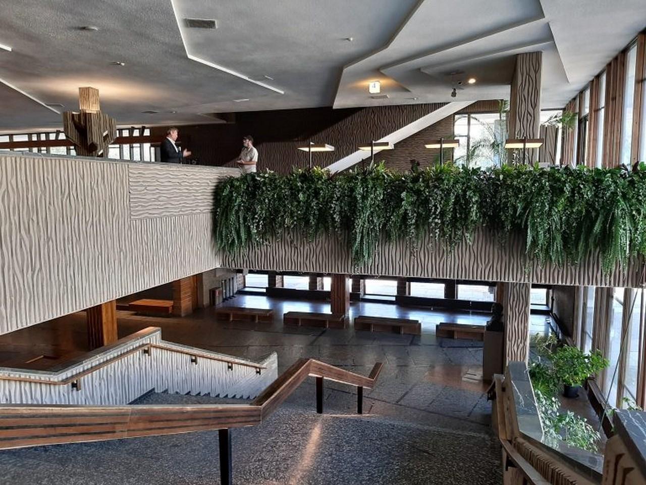 МХАТ. Лестница на второй этаж