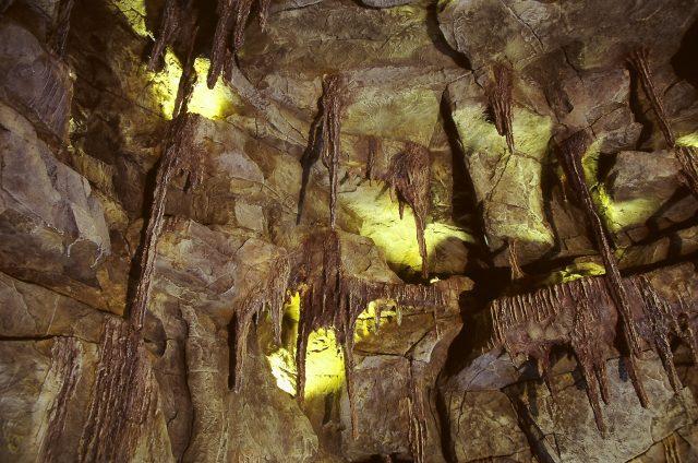 Искусственные сталактиты