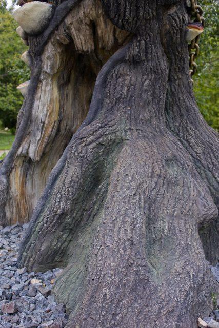 Деревья из архитектурного бетона